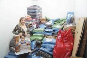 Campanha do Agasalho 2014: Fundo Social inicia distribuição de roupas, cobertores e edredons em Tremembé