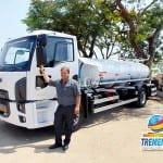 Vaqueli conquista mais dois caminhões basculantes e um caminhão pipa para Tremembé