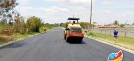 Avenida Maria do Carmo Ribeiro (Linha Velha) recebe novo asfalto