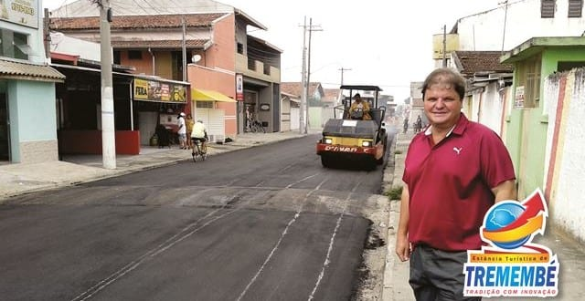 Prefeitura asfalta Ruas Justimiano Antunes e Irito Nogueira Barbosa no Jardim Santana