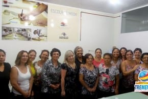 """Fundo Social de Solidariedade de Tremembé entrega certificados da """"Escola da Moda"""""""