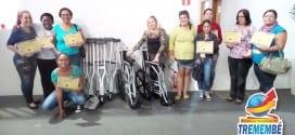 Venda de ovos de páscoa do Fundo Social é revertido na compra de 2 cadeiras de rodas e 6 jogos de muletas