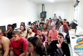 Fundo Social entrega certificados para alunos do Projeto Ação Jovem