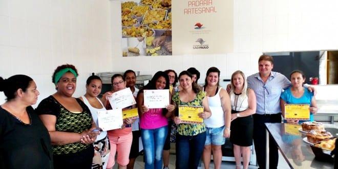 Fundo Social de Tremembé qualifica alunos para Padaria Artesanal