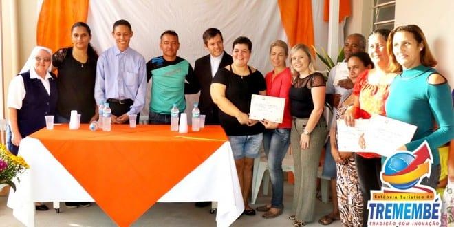 Flor do Campo: Entrega de certificados do curso Panificação Artesanal Itinerante