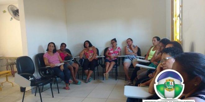 Prefeitura realiza trabalho de conscientização e combate a Dengue, Zika e Chikungunya no bairro Maracaibo